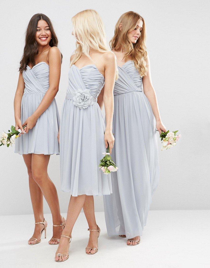 Jurk Bruiloft Blauw.Engaged Drieluik Matching Bridesmaids Dresses In Romantisch