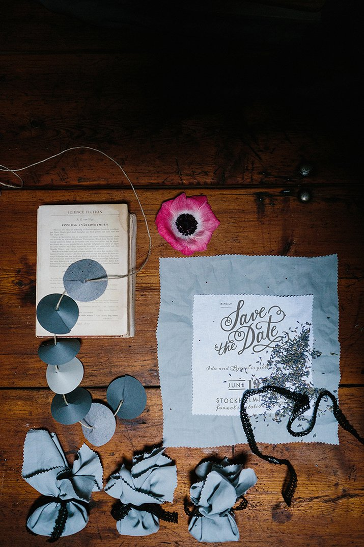 Moody styled shoot door Therese Winberg // Engaged.nl
