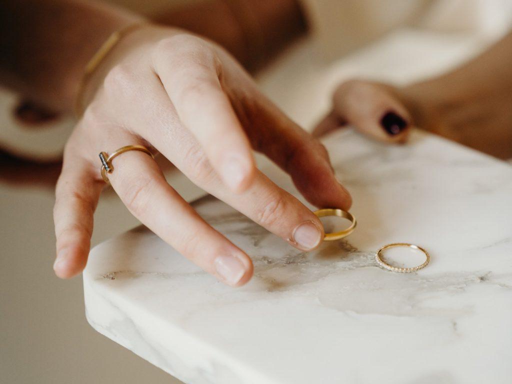 Trouwringen kopen? Ontdek 4 tips voor het perfecte paar.