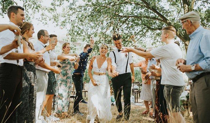 Jouw grote dag onvergetelijk afsluiten? Hier 12 toffe ideeën voor een bruiloft exit!