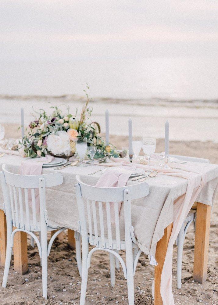 10 handige tips voor trouwen op het strand